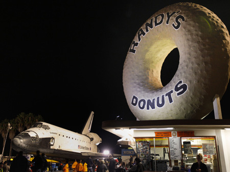 Space shuttle Endeavour at doughnut shop in Los Angeles